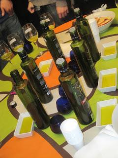 Aceite de Oliva Virgen Extra. Cata de botella dórica