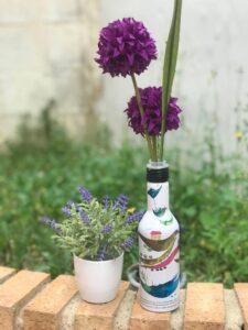 Jarron con botellas
